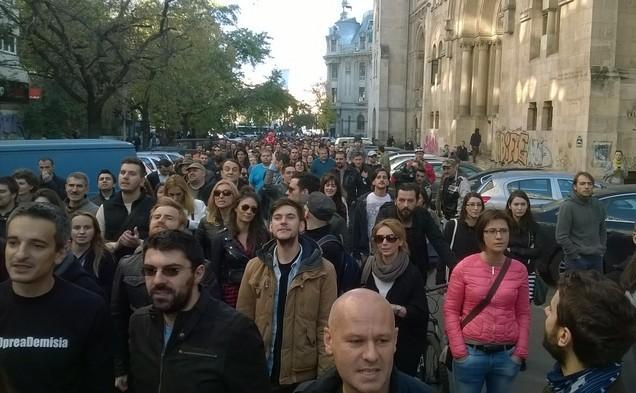 Protest împotriva lui Gabriel Oprea