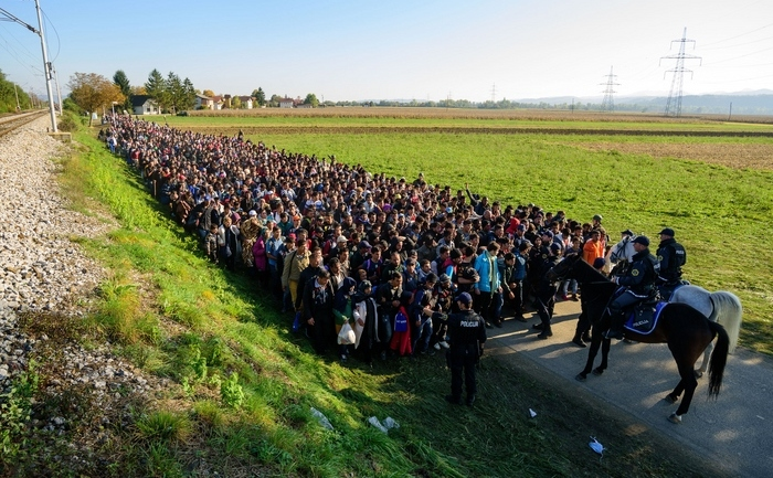 Refugiaţi la graniţa dintre Slovenia şi Croaţia, 24 octombrie 2015