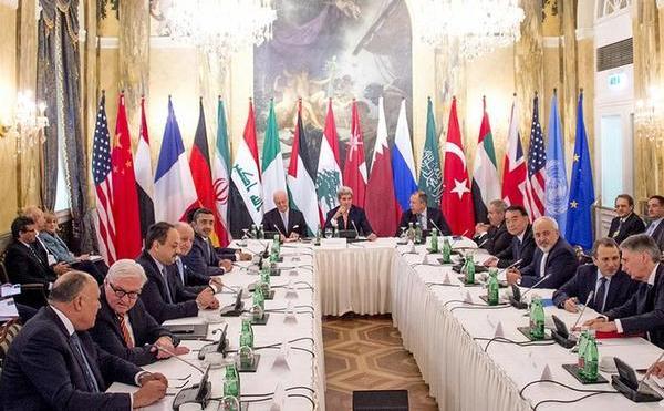 Delegaţi ai mai multor ţări, printre care SUA, Rusia, Iran şi Arabia Saudită, participă la un summit în Viena pe tema războiului sirian, 30 octombrie 2015.