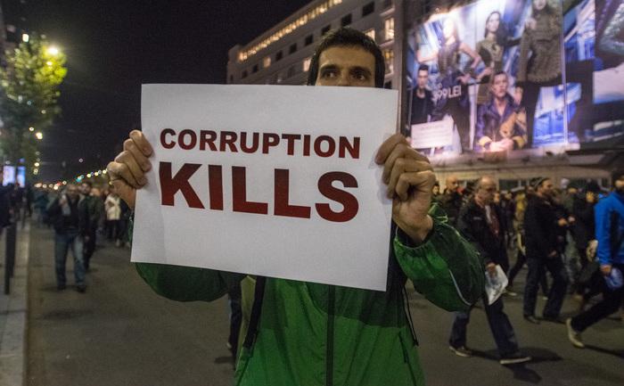 Corupţia ucide. Protest de amploare în Bucureşti în urma tragediei de la Colectiv, 03 noiembrie 2015