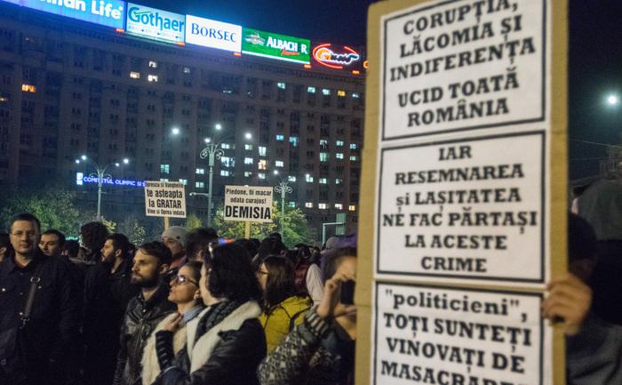 Protest de amploare în Bucureşti în urma tragediei de la Colectiv, 03 noiembrie 2015