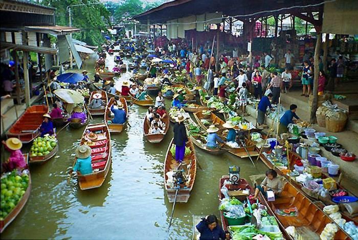 Piaţa Plutitoare Damnoen Saduak, Tailanda