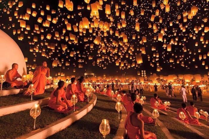 Festivalul Lanternelor în Tailanda