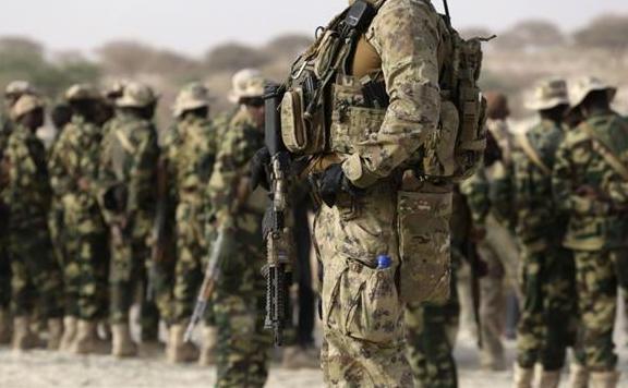 Membri ai Forţelor pentru Operaţiuni Speciale americane.