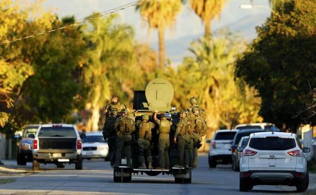 Poliţia caută doi suspecţi implicaţi într-un atac armat în San   Bernardino, 2 decembrie 2015.