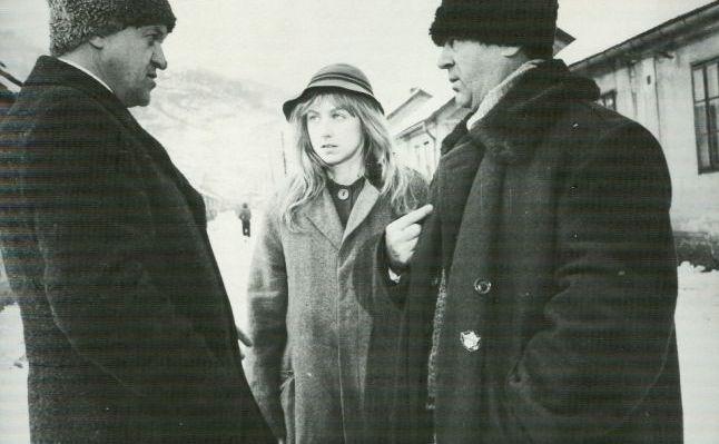 Imagine din filmul Iacob, de Mircea Daneliuc, cu actorul Dorel Visan (stanga).