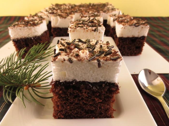 Prăjitura Negresa cu bezea