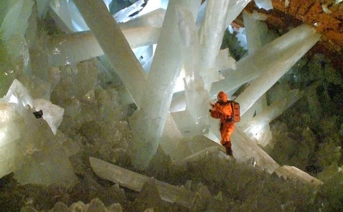 Peştera de cristal din Naica, Mexic