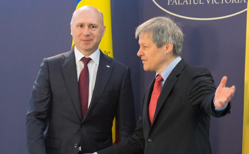 Dacian Ciolos si Pavel Filip