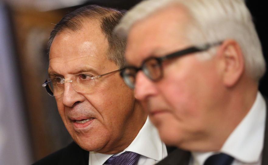 Serghei Lavrov împreună cu omologul său german, Frank-Walter Steinmeier