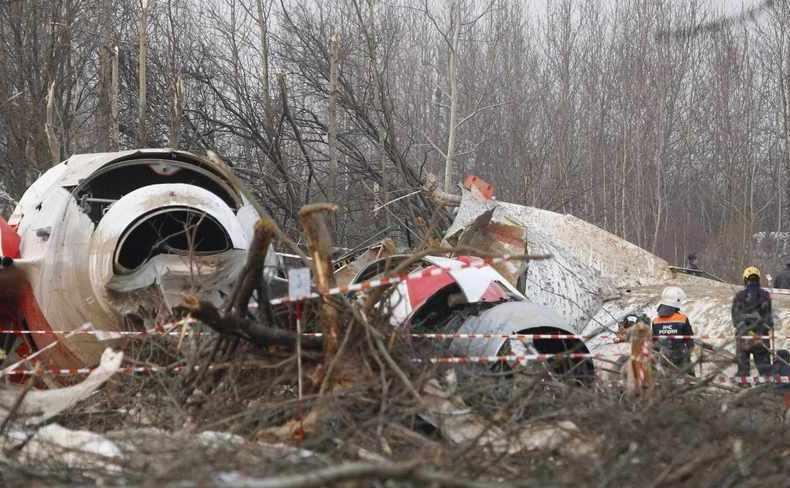 Locul prăbuşirii avionului prezidenţial polonez în Smolensk, Rusia, aprilie 2010.