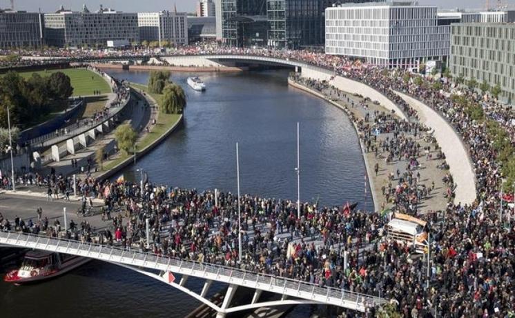 Protest masiv împotriva TTIP în Berlin, 10 octombrie 2015.