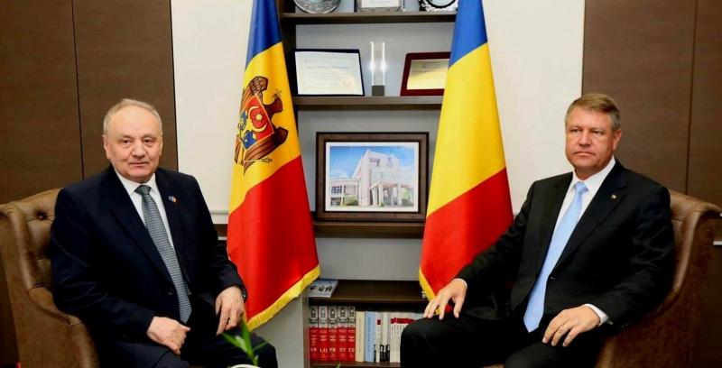 Preşedintele RM, Nicolae Timofti şi omologul său român, Klaus Iohannis
