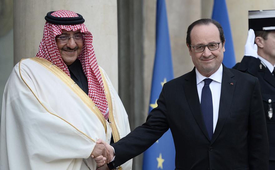 Francois Hollande împreună cu prinţul sauditMohammed bin Nayef, vineri, 4 martie 2016