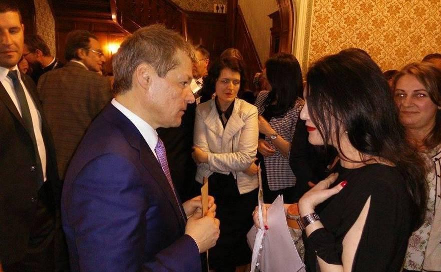 Premierul Dacian Cioloş la întâlnirea cu diaspora din Bruxelles.