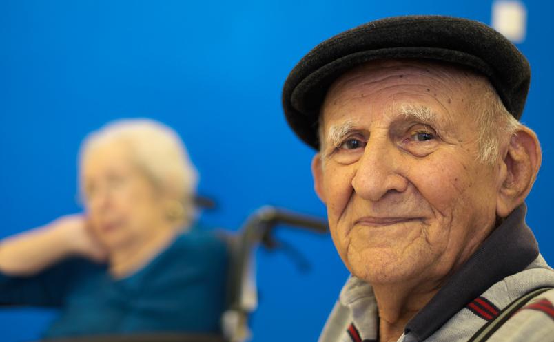 Cercetătorii susţin ca Boala lui Alzheimer ar putea fi cauzată de viruşi şi bacterii.
