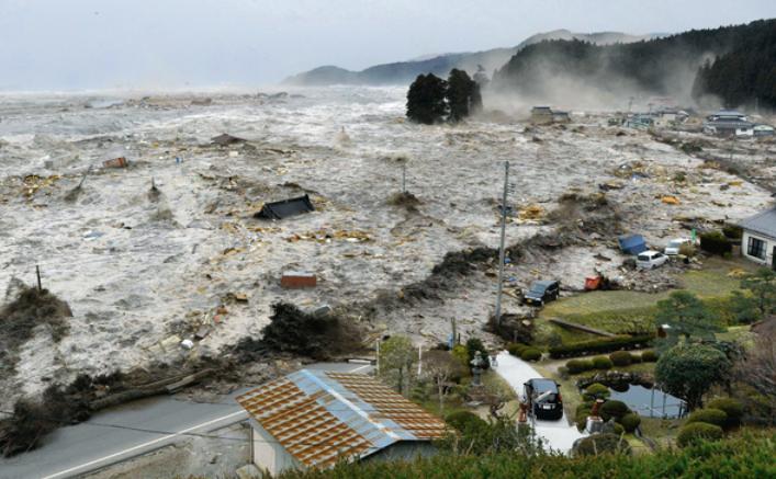Tsunamiul care a devastat nord-estul Japoniei.