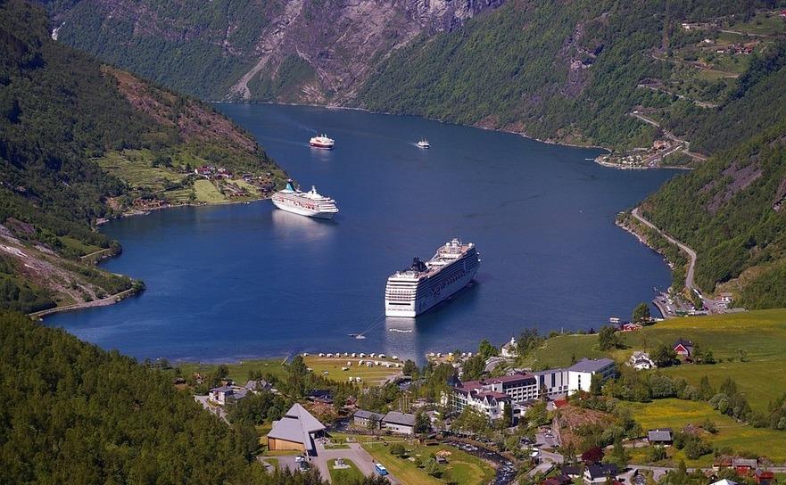 Fiord în Norvegia