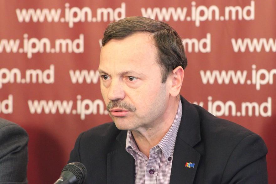 Vasile Năstase, membru al Consiliului Marii Adunări Naţionale