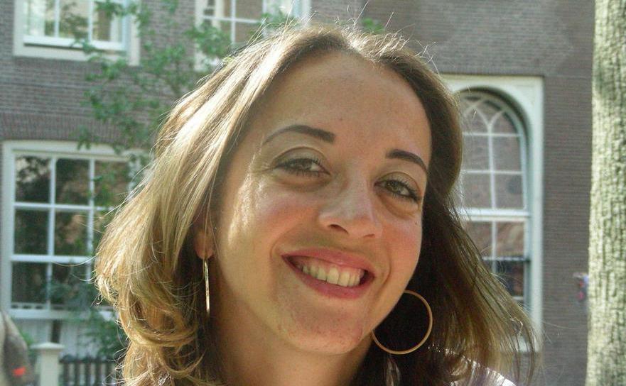 Jurnalista olandeză de origine turcă Ebru Umar.
