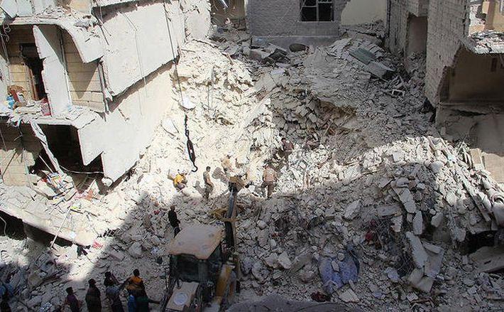Spitalul operat de MSF în oraşul Alep după ce a fost lovit de un atac aerian în noaptea de 27 spre 28 aprilie 2016.
