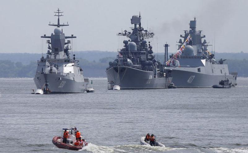 Nave ruseşti ancorate în enclava Kaliningrad, situată între Polonia şi statele baltice, 19 iulie 2015.