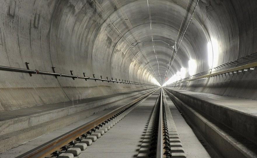 Tunelul Gotthard Base.