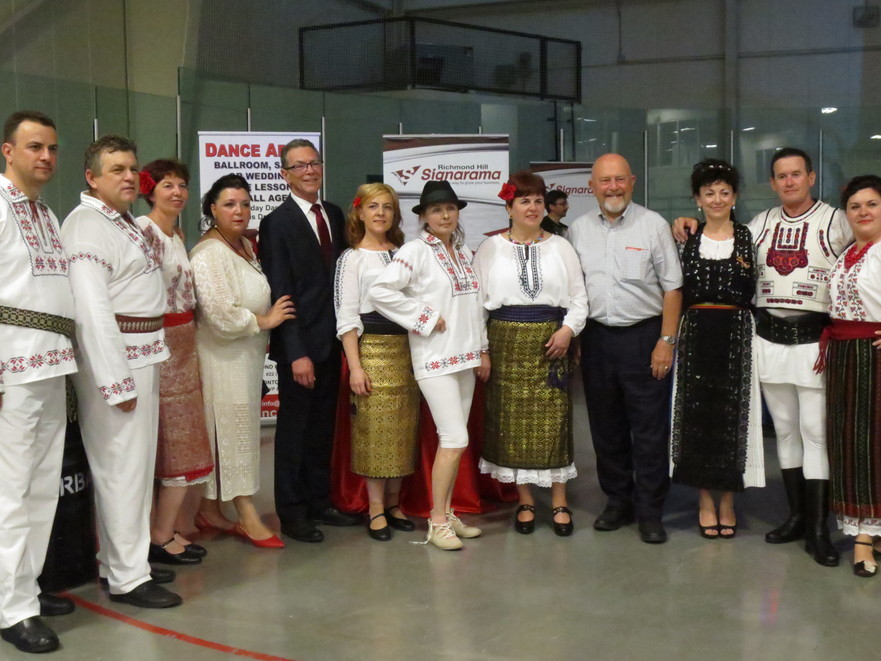 Carassauga Festivalul Culturii cu Ana Maria Scordescu si Grupul Roman Hamilton