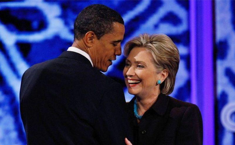 Preşedintele american Barack Obama (st) şi fostul secretar de stat Hillary Clinton.
