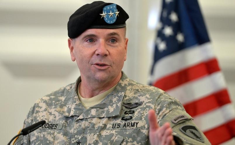 Ben Hodges, comandantul forţelor terestre americane în Europa.