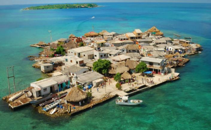 Insula Santa Cruz del Islote, Caraibe