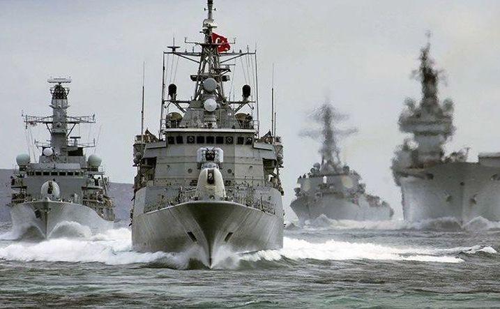 Nave de luptă turceşti.