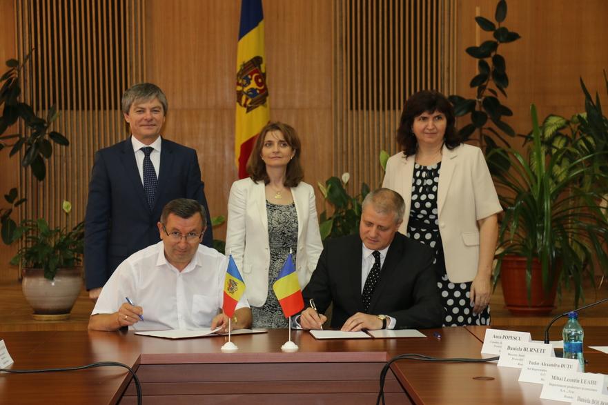 Membrii grupului de lucru a celor două state