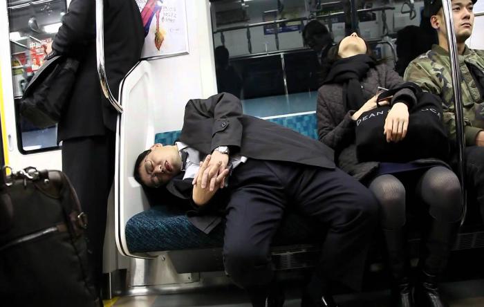 Japonezi în metrou