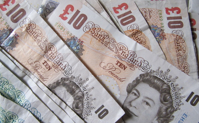 Bancnote de 10 lire sterline.