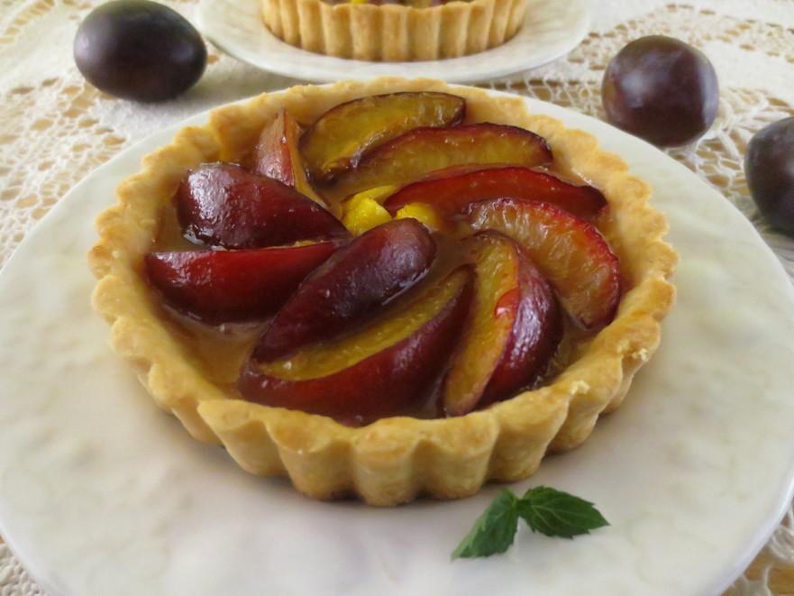 Mini tarte cu prune