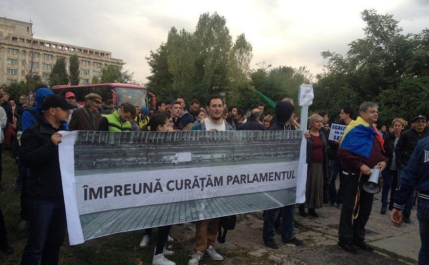 Protest după votul în cazul Oprea