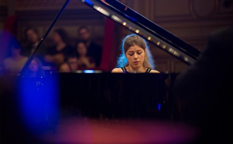 Victoria Vassilenko, din Bulgaria a câştigat Concursul Enescu 2016, Secţiunea Pian