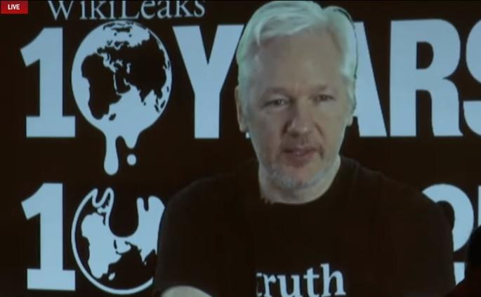 Fondatorul WikiLeaks Julian Assange