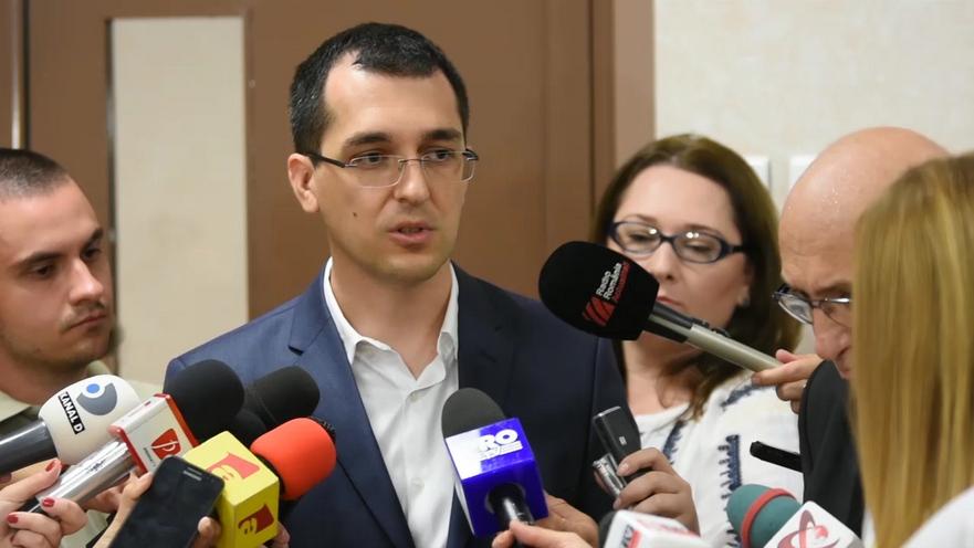Vlad Voiculescu, ministrul Sănătăţii