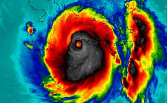 Uraganul Matthew, fotografie în culori