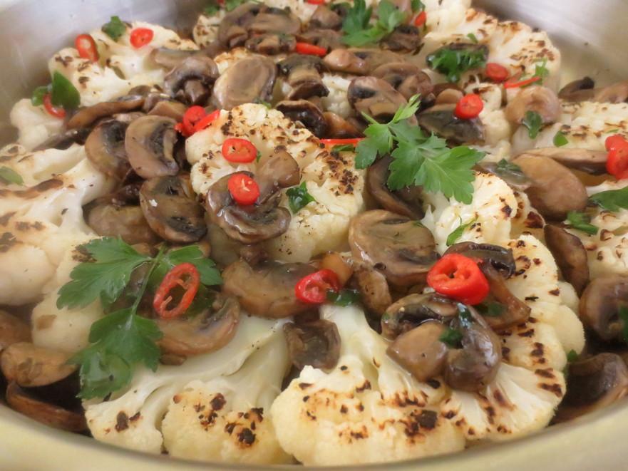 Conopidă la grill cu ciuperci