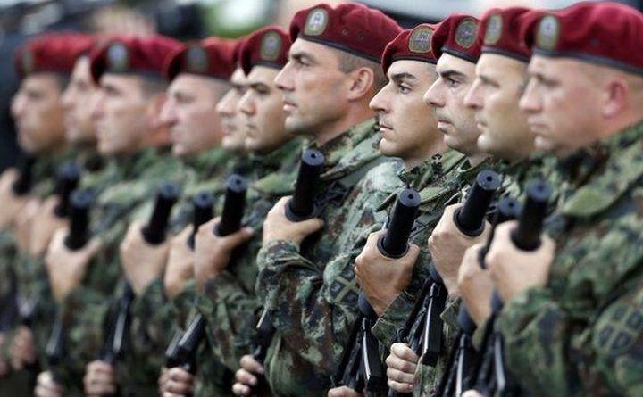 Soldaţi sârbi.