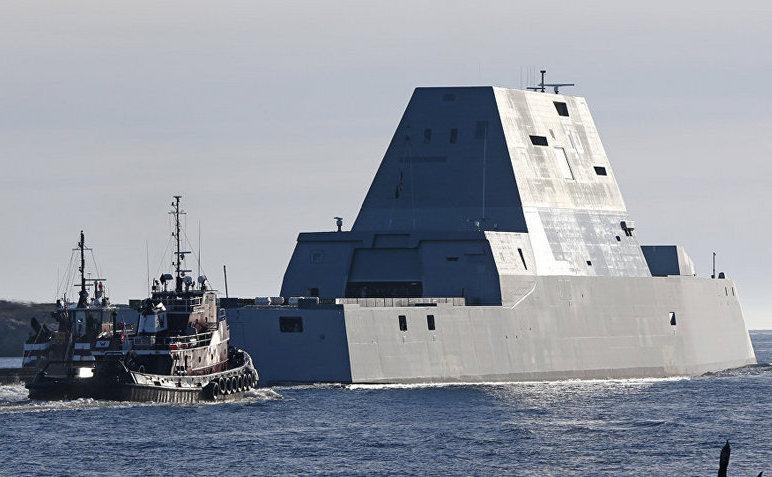 Distrugătorul american USSZumwalt.