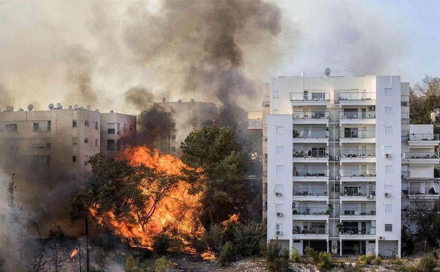 Incendiu în oraşul israelian Haifa, 25 noiembrie 2016.