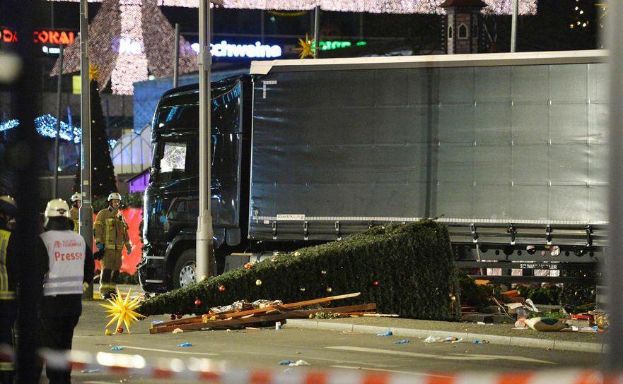Camionul folosit pentru atacul din Berlin, 19 decembrie 2016.