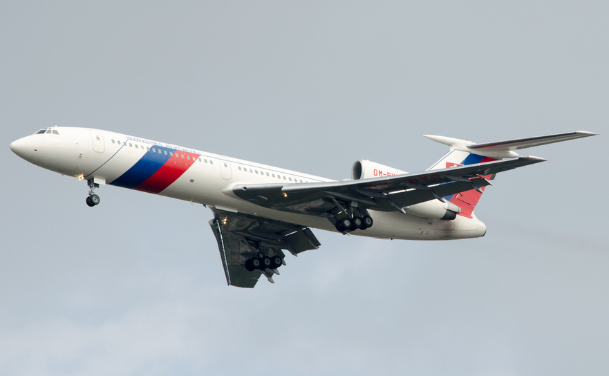 Avion rusesc Tu-154.