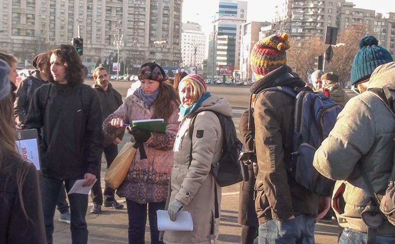 Cetăţenii depun, la Guvern, semnături pentru includerea Roşiei Montane în patrimoniul UNESCO.