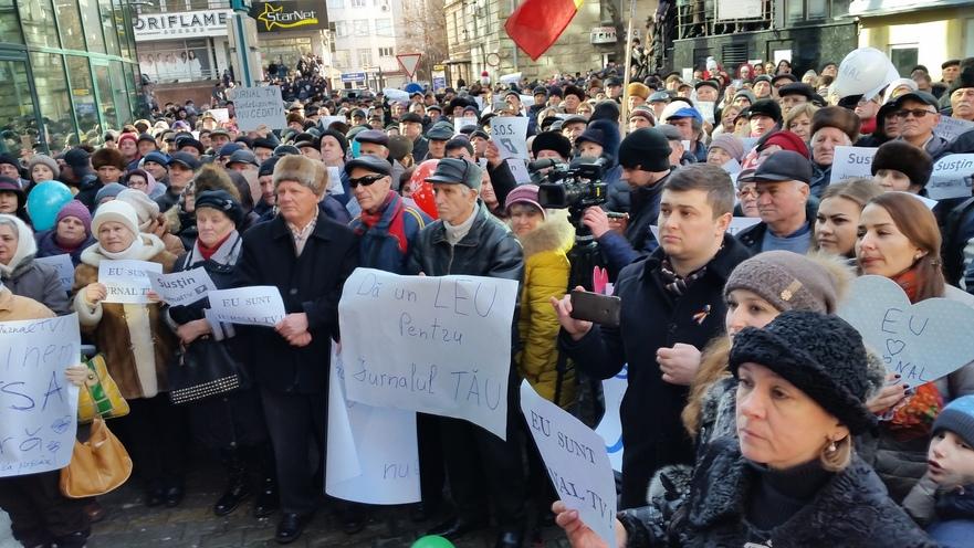 Flash mob în faţa Jurnal TV