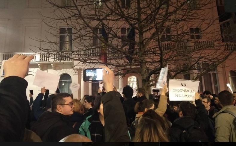 Protest masiv împotriva ordonanţelor de urgenţă la Londra